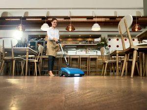 Zemin cilalama makinesi ile cafe zemin temizliği